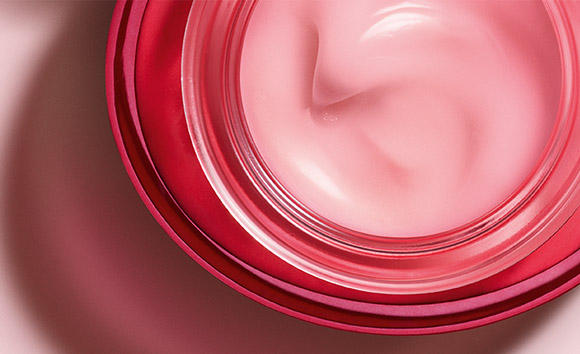 Rose Radiance Cream open pot