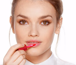 Apply onto lips from one corner to the other